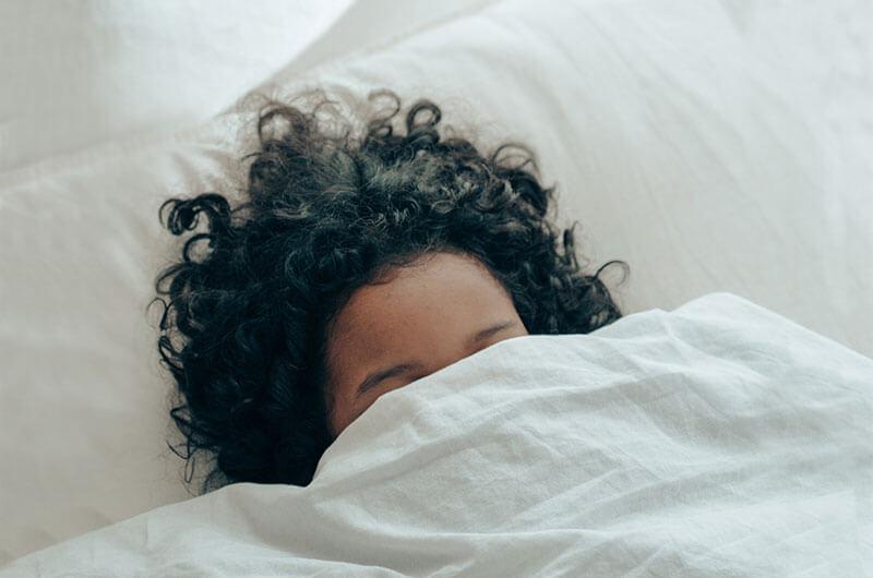 Beter slapen dankzij de slaapmodule van &niped als toevoeging aan jouw preventief medisch onderzoek (PMO)